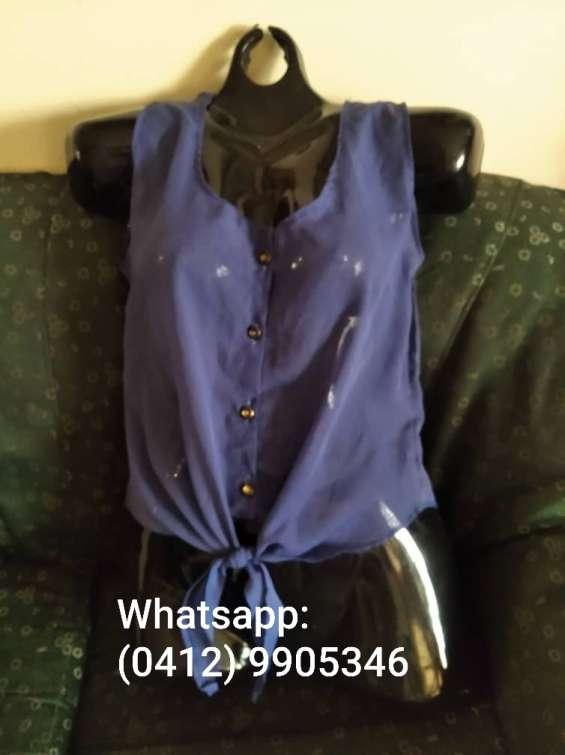 Blusa azul de dama tipo chifon