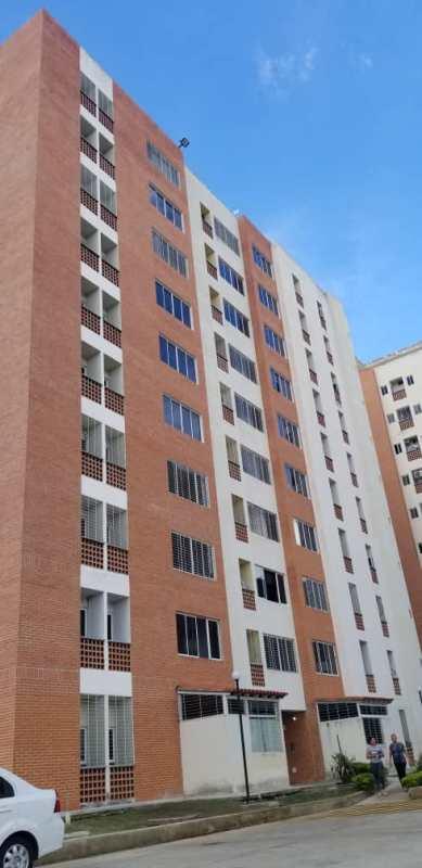 Apartamento en naguanagua mañongo doral country foa-1002
