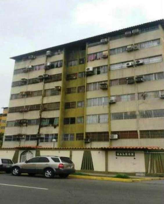 Casa fuerte bienes raices vende apartamento, conjunto residencial galeon, puerto la cruz