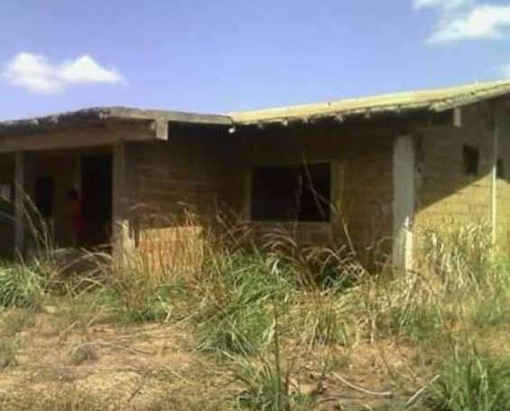 Se vende casa quinta en construcción