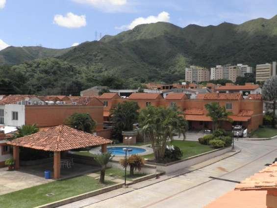 Townhouse venta trigal  norte valencia carabobo 20-4548 lf leida falcon rent a house