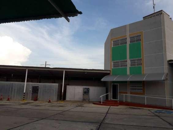 Se vende galpon sector la pomona maracaibo