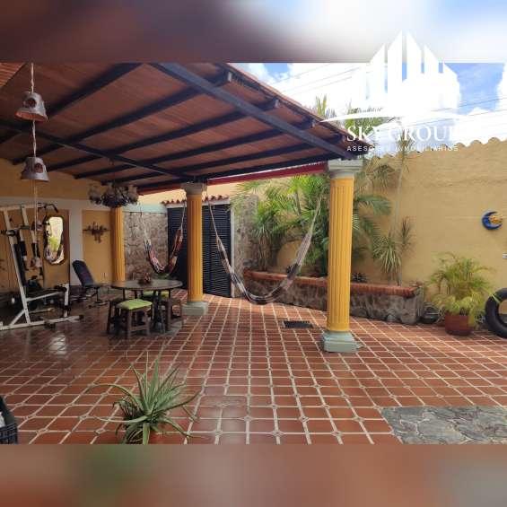 Sky group platinum vende town house terranostra, tazajal
