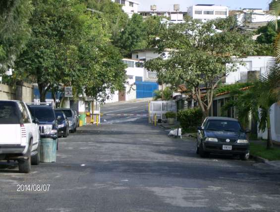 Calle de la urbanizacion