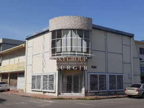 Edificio en la comercio sge-006